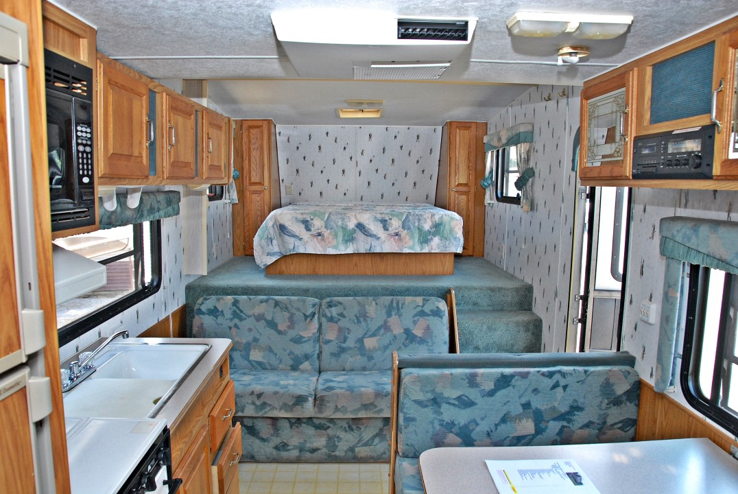1997 Skyline Nomad 2515bh Fifth Wheel