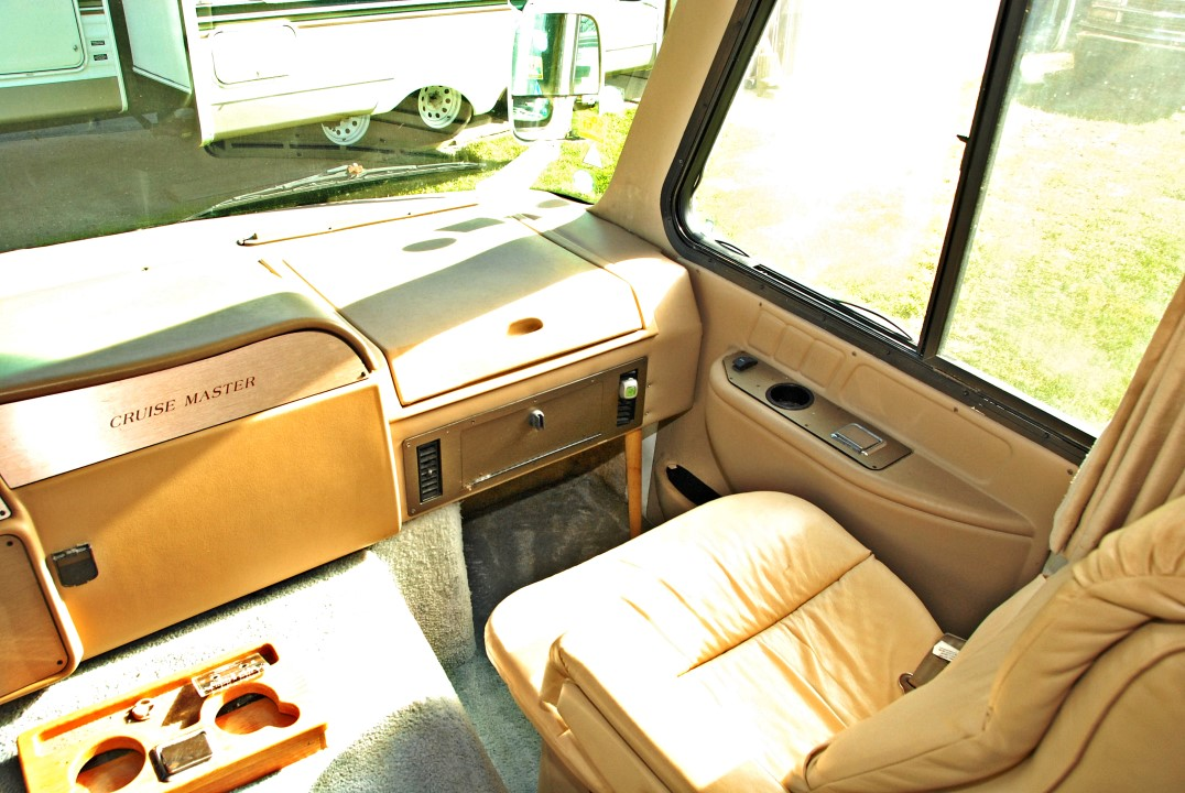 1999 Georgie Boy Cruise Master 3515 Class A Motorhome