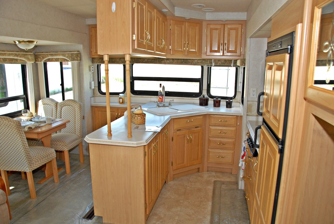 Pre Owned 2003 Newmar Mountain Aire 35lksa Fifth Wheel