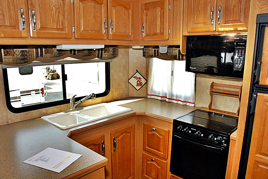 2007 Forest River Cardinal 30rk Le Fifth Wheel